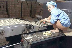 Hoài Đức (Hà Nội): 'Hãi hùng' với quy trình sản xuất bánh kẹo 'bẩn' của công ty Thiên Nam