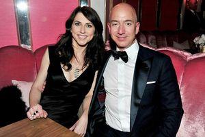 Tỷ phú giàu nhất thế giới Jeff Bezos ly dị, cổ phiếu Amazon rớt giá