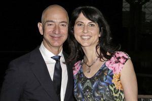 Vợ CEO Amazon MacKenzie Bezos: 8 dấu ấn không thể quên