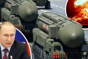 Tướng Mỹ cay đắng thừa nhận Moscow dễ dàng 'quật ngã' Washington