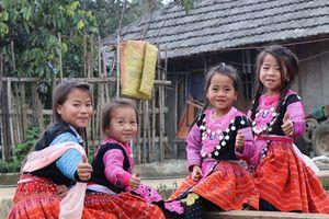 Tưng bừng ngày Tết truyền thống của đồng bào Mông