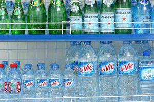 Loạn thị trường nước uống đóng chai: 'Vàng thau lẫn lộn'