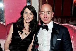 Vụ ly hôn của tỷ phú Amazon: Vì sao người vợ xứng đáng có nửa khối tài sản khổng lồ?
