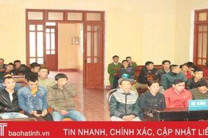 55 tháng tù cho nhóm đánh bạc tại cổng chùa Hương Tích