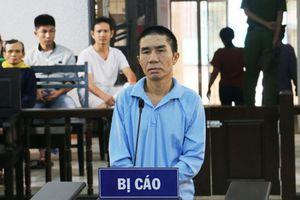 Ghen tuông, chồng dùng dao đâm chết vợ tại tòa, lãnh án 20 năm tù