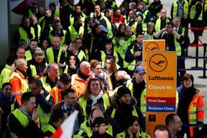 Đức: Nhân viên các sân bay lớn đình công, hơn 600 chuyến bay bị hủy