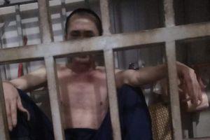 Người vợ nhốt chồng trong lồng sắt hơn 3 năm ở Thanh Hóa: 'Có thằng nghiện mà cứ tranh nhau'