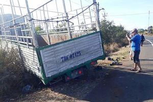 Xe tải gãy trục tông chết 3 thiếu nữ