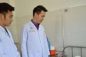 Cứu sống bệnh nhân bị máy xát gạo cuốn lóc hết da đầu