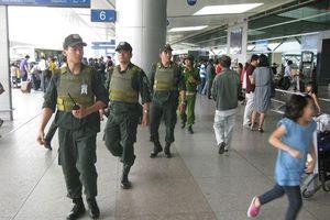 Nhân viên an ninh hàng không Nội Bài bị hành hung