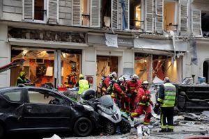 Nổ cực lớn tại trung tâm Paris, nghi ngờ rò rỉ khí gas