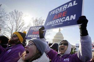 Người Mỹ lao đao vì chính phủ đóng cửa