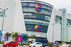 Đỏ mắt tìm chỗ gửi xe trong TTTM trên đại lộ đẹp nhất Sài Gòn