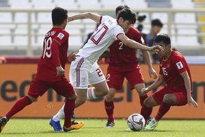 Việt Nam 0-2 Iran: Bại không nản