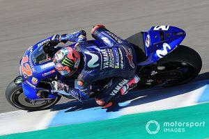 Đua xe mô tô: Vinales muốn một chiếc xe đua Yamaha nhỏ hơn