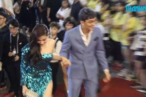 Xuân Lan, Hoàng Bách và các nghệ sĩ ủng hộ phiên bản mới của Làn Sóng Xanh