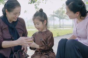 Huyền Trang trở lại sau thời gian 'ở ẩn' với 'Mẹ là điều tuyệt vời nhất'