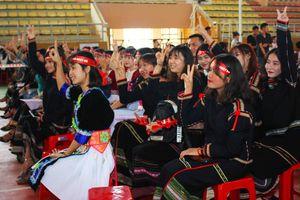 Chủ nhật Đỏ 2019 tại ĐH Tây Nguyên: Đa dạng sắc màu văn hóa