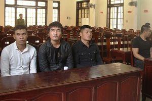 Khởi tố, tạm giam 9 người hỗn chiến trong quán nhậu