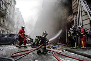 Vụ nổ làm rung chuyển trung tâm Paris làm ít nhất 4 người thiệt mạng