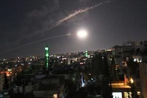 Thủ đô Damascus bị Israel dội tên lửa bất ngờ trong đêm