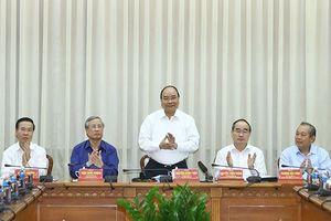 Thủ tướng Nguyễn Xuân Phúc làm việc với lãnh đạo TP Hồ Chí Minh và tỉnh Bạc Liêu