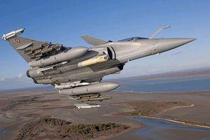Hải quân Pháp nhận tiêm kích Rafale nâng cấp đầu tiên