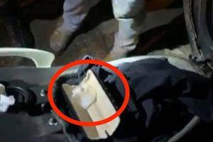 Thanh niên 'mượn' xe máy sử dụng bị 141 kiểm tra phát hiện ma túy trong cốp xe