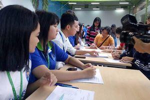 Sinh viên TPHCM háo hức đến ngày hội Chủ nhật Đỏ 2019