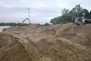 Xử lý khai thác cát trái phép ở Điện Bàn-Quảng Nam: Còn nhiều 'vướng mắc'?