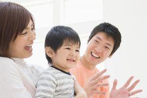 Chuyên gia hướng dẫn cha mẹ cách dạy trẻ học tiếng Anh tại nhà trong những năm đầu đời