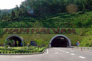 Sau 2 vụ tai nạn nghiêm trọng: Có nên cấm xe khách leo đèo Hải Vân?