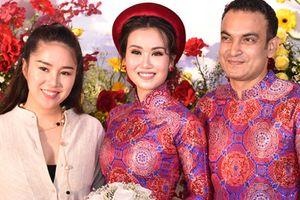 Lê Phương, Hòa Minzy dự tiệc cưới ca sĩ Võ Hạ Trâm