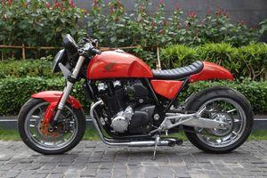 Honda CB1100 độ phong cách lai Racer-Bob