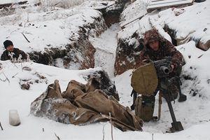 Tình hình Donbass nóng trở lại trước bầu cử Ukraine