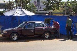 NÓNG: Ô tô của cán bộ kiểm lâm tỉnh nghi bị cài mìn tự chế
