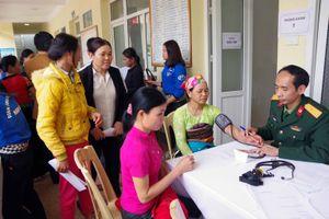 Tết sớm với đồng bào vùng lũ huyện Quan Hóa