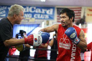 Võ sĩ huyền thoại Manny Pacquiao chuẩn bị cho trận đấu với võ sĩ Adrien Broner