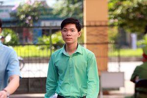 Bs Hoàng Công Lương bị cáo buộc 'chủ quan khi ra y lệnh'