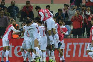 Bahrain đoạt vé vòng 1/8 nhờ quả penalty ở phút 90