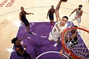 Lakers bất ngờ thất thủ trước Cavaliers ngay tại thánh địa STAPLES Center