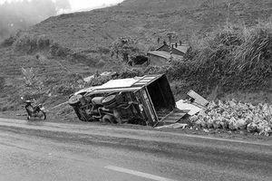 Nhiều vụ tai nạn giao thông tự gây ngày mưa rét