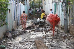 Công trình thi công bất cẩn, nhiều lần làm vỡ đường ống nước của dân