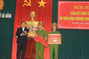 Chủ tịch Đà Nẵng thưởng nóng cho Ban chuyên án phá nhanh vụ án cướp tài sản ở cửa hàng Viettel