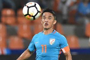 Đội trưởng Ấn Độ tức giận vì chơi 'thiếu dũng cảm' trước Bahrain