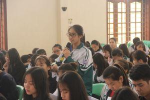 Học sinh dân tộc nội trú góp ý sửa Luật Giáo dục