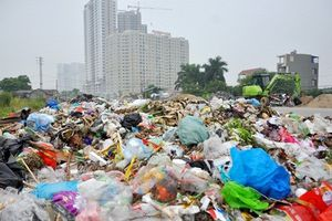 Cảnh rác thải tấn công khu đô thị vì sự cố bãi rác Nam Sơn