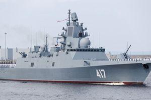 Khu trục hạm hiện đại nhất của Nga lần đầu vượt đại dương