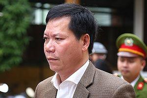 Cựu Giám đốc bệnh viện Đa khoa tỉnh Hòa Bình thừa nhận trách nhiệm