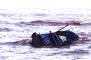 Tàu cá Khánh Hòa chìm ở khu vực Côn Đảo: Vẫn chưa tìm thấy 10 ngư dân